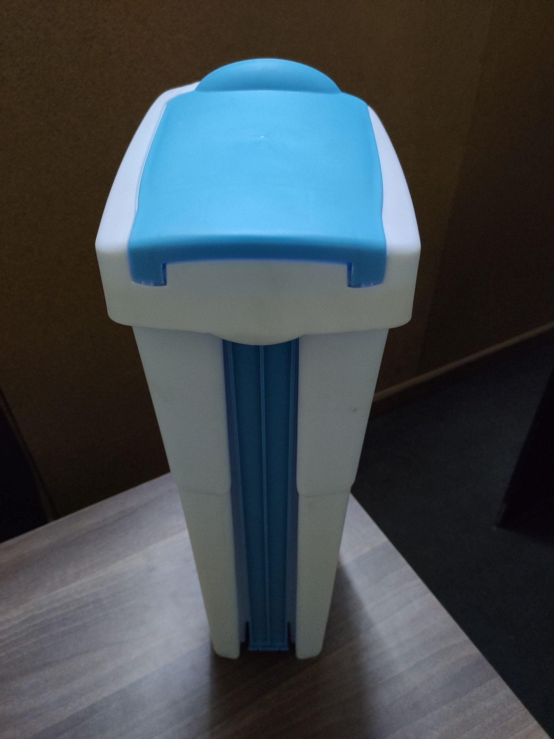 sanitary-bin-white-blue-2